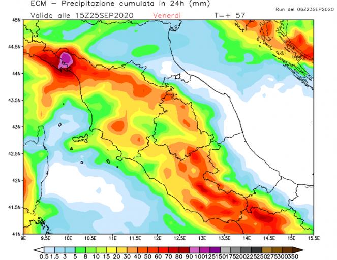 Le aree della Toscana più a rischio per forti temporali tra il 24 e il 25.
