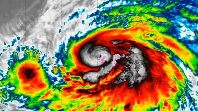 Uragano Lorenzo, un mostro di categoria 5 sull'Atlantico