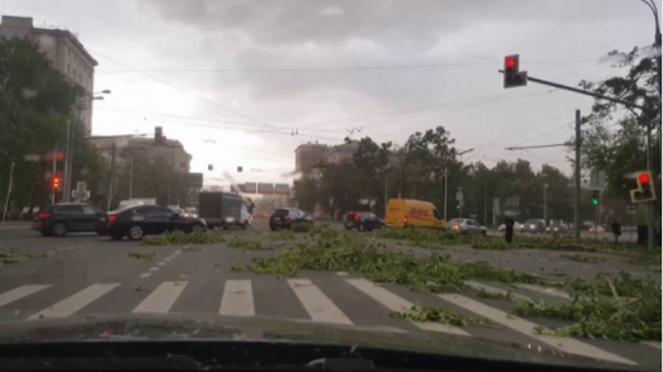 Almeno 11 morti a Mosca a causa di una tempesta