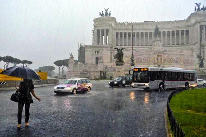 Maltempo in arrivo sul Lazio: pioggia battente anche a Roma
