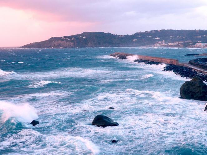 Mareggiate attese sui mari italiani