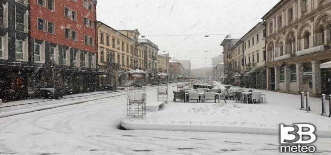 Live: neve sul Nordest, a BOLOGNA, PADOVA, VENEZIA, TREVISO. Situazione e previsioni
