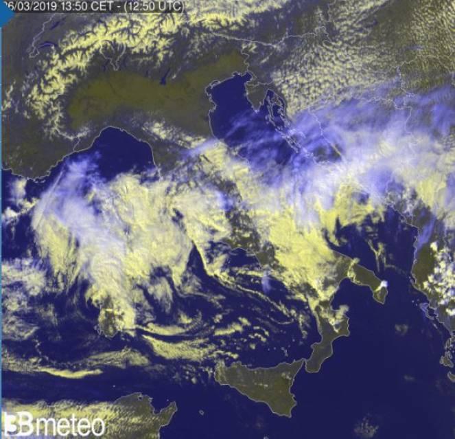 Meteo vortice freddo in azione sulle regioni centrali, la Sardegna e parte del Sud peninsulare