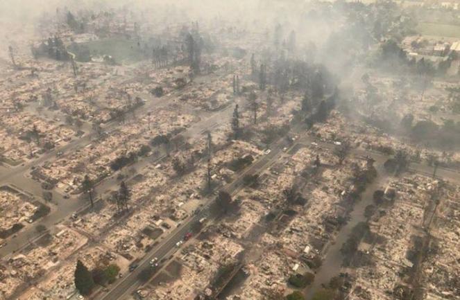 Migliaia di abitazioni distrutte dalle fiamme (fonte: corriere.it)