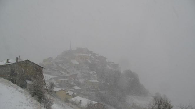 Neve a Castelluccio di Norcia. Fonte: umbriameteo.com