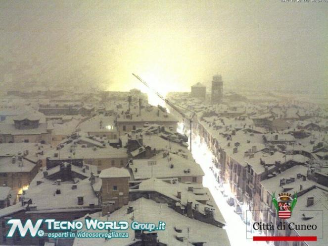 Neve copiosa a Cuneo
