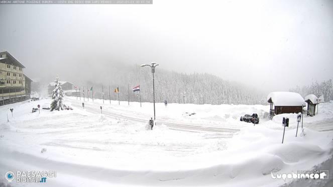 Neve copiosa sull'Abetone