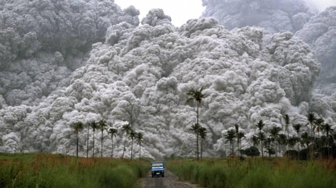 Nubi piroclastiche la manifestazione più violenta dei vulcani esplosivi