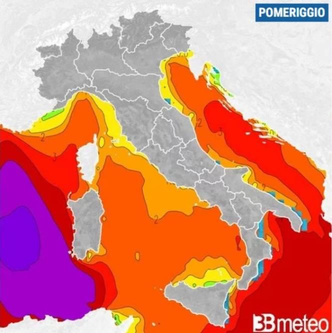 Onde oltre 6 metri martedì pomeriggio sul Mar di Sardegna