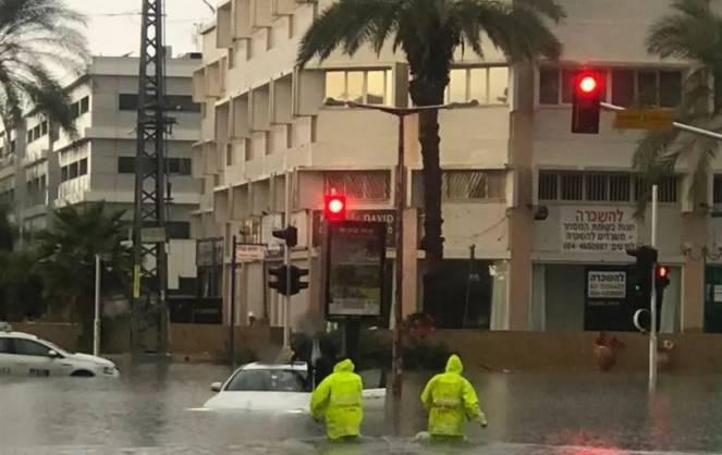 Piogge alluvionali in Medio Oriente, inondata anche Tel Aviv