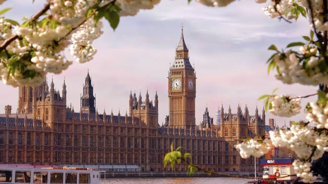 Primavera anticipata per Londra e il Regno Unito da Lunedì