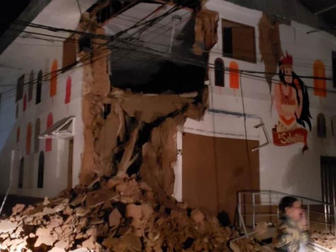 Prime notizie e foto di danni del terremoto in Perù (Bomberos Perù)