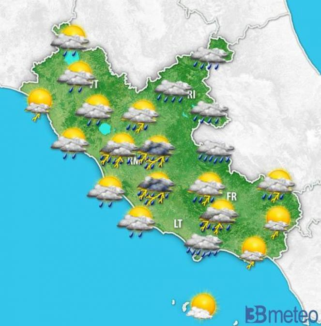 Situazione meteo del primo pomeriggio, a cui seguiranno ulteriori rovesci serali sul Lazio meridionale.