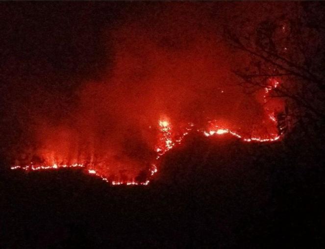 Incendi in Piemonte, ultimi aggiornamenti: ancora diversi focolai attivi