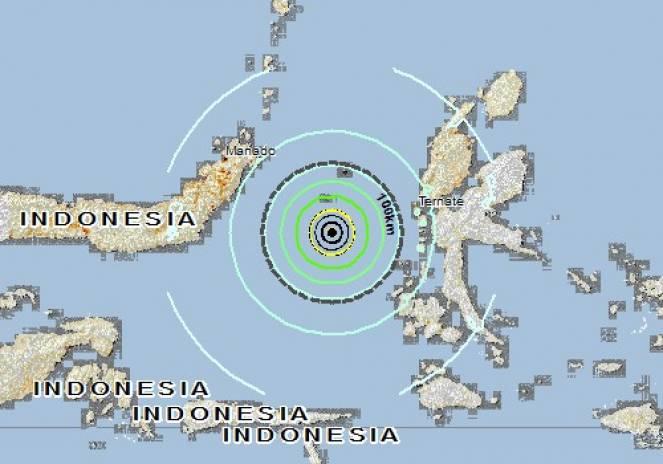 Terremoto in Indonesia, a Ternate si fugge verso i monti