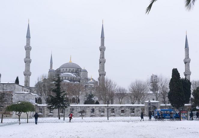 Torna la neve a Istanbul, seconda importante nevicata dell'Inverno dopo quella di gennaio