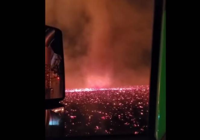 Tornado di fuoco in California