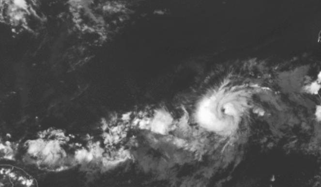Uragano Larry visto da Satellite