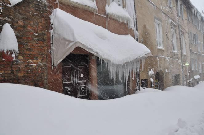Urbino Febbraio 2012 record di neve
