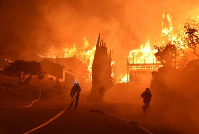 Vastissimi incendi in California (Fonte immagine: ilpost.it)