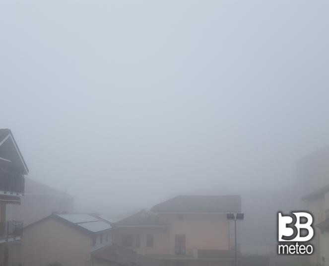 Vinovo (TO) avvolta nella nebbia di giugno