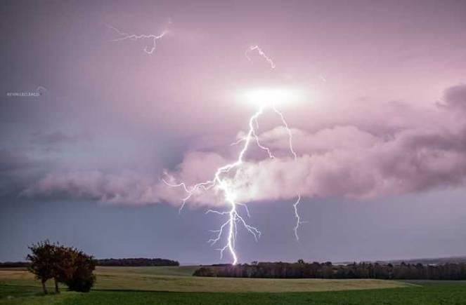 Violenti temporali colpiscono Francia, Svizzera e Austria (fonte foto severe weather europe)
