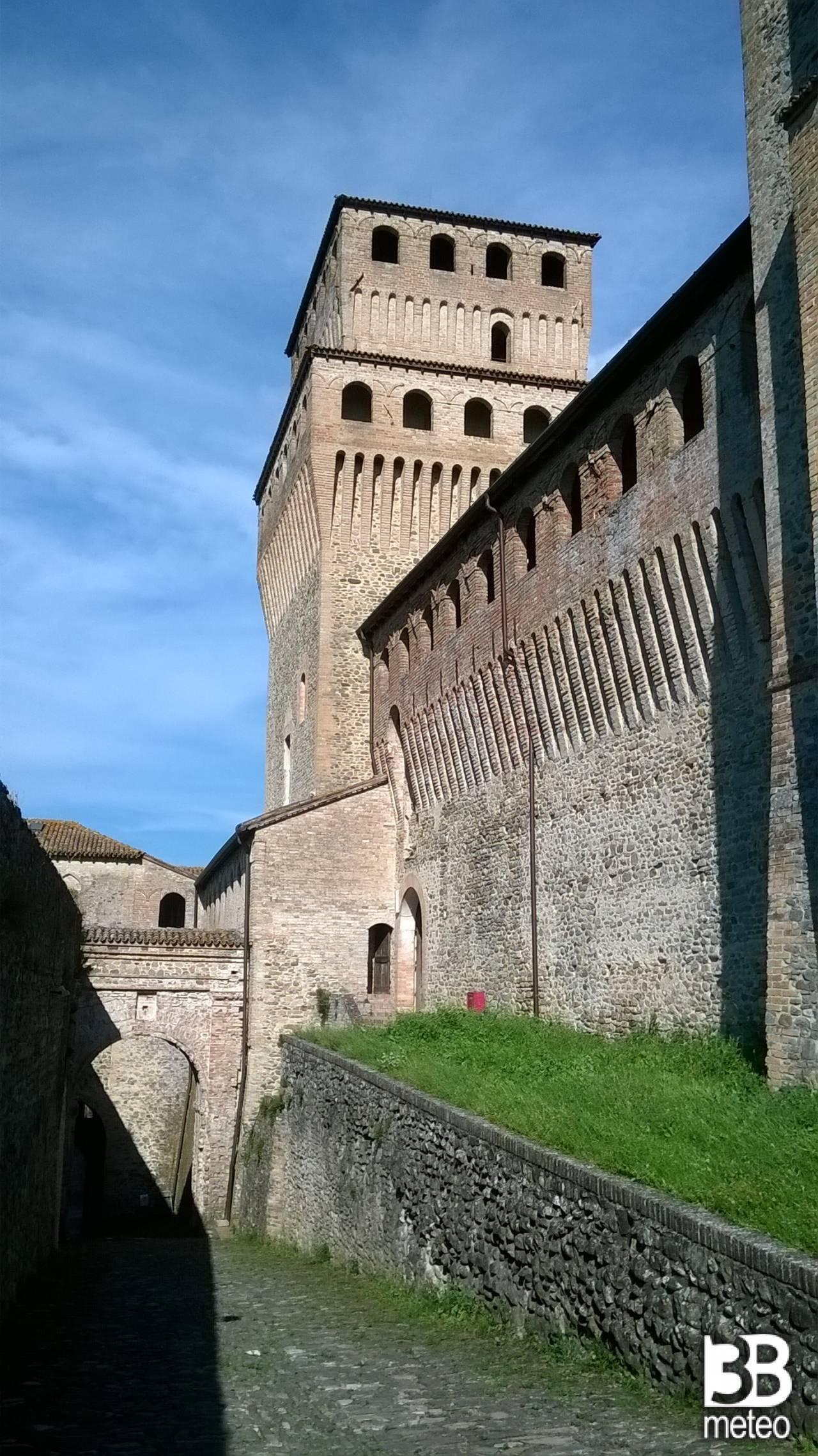 Castello di torrechiara foto gallery 3b meteo - 3b meteo bagno di romagna ...