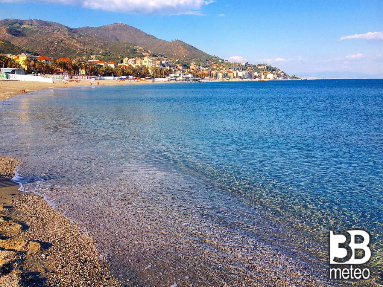 Spiaggia di varazze foto gallery 3b meteo - 3b meteo bagno di romagna ...