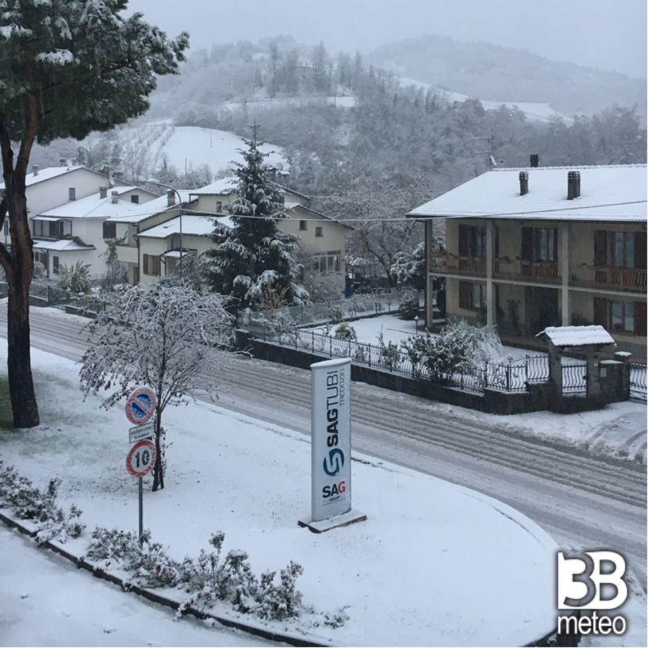 Prima neve foto gallery 3b meteo - Meteo bagno di romagna 15 giorni ...