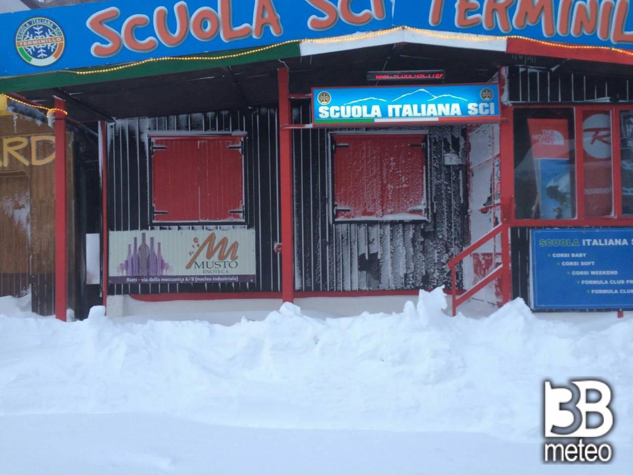 Bufera di neve terminillo foto gallery 3b meteo for Camera in diretta