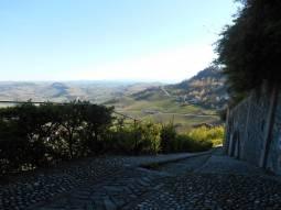 09Le Langhe viste dal belvedere di La Morra