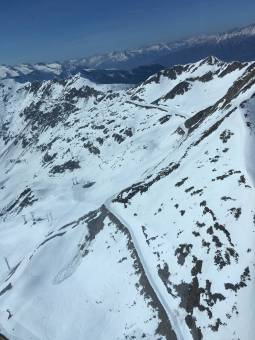 Dall' elicottero il Passo Ca' San Marco