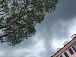 Meteo Napoli: variabile domenica, maltempo lunedì, forte maltempo martedì