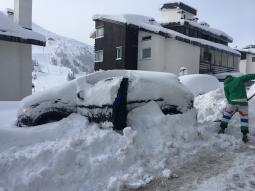 CRONACA: temporali al Nord, NEVE sulle Alpi