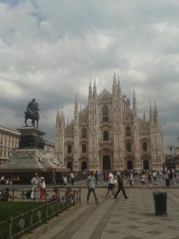 Meteo Milano: martedì discreto, poi bel tempo