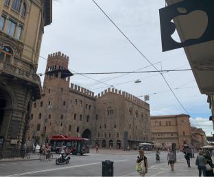 Nuvoloso a Bologna