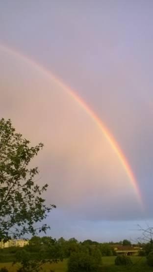 arcobaleno con aereo