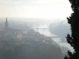 Meteo Verona: bel tempo fino a giovedì, nebbie venerdì