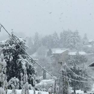Neve a larghe falde