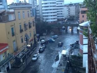 Meteo Napoli: piogge nel weekend, temporali lunedì