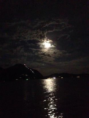 Luna Con La Barbetta