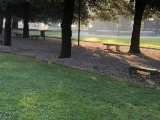 Giardini del duomo di fermo la mattina di ottobre