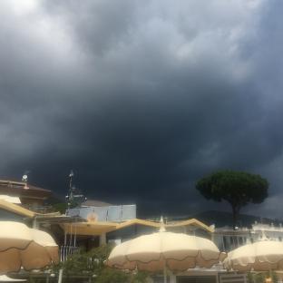 Formia -vindicio-nuvoloso