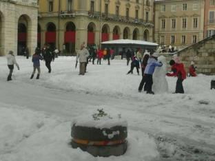 Meteo Teramo: neve lunedì, bel tempo martedì, discreto mercoledì