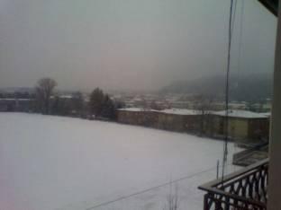 Meteo Como: piogge venerdì, neve nel weekend