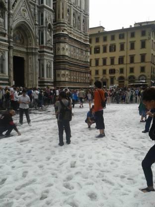 Meteo Firenze: molte nubi sabato, neve domenica, bel tempo lunedì