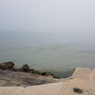 Banco di nebbia sul mare