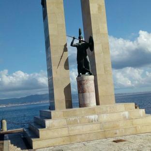 Monumento a vittorio emanuele reggio calabria.