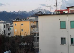 Neve sul monte finestra