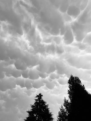Nuvole prima della pioggia 2572021